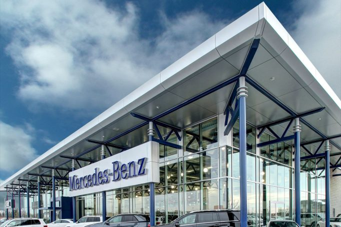 Mercedes-Benz Dealership in London